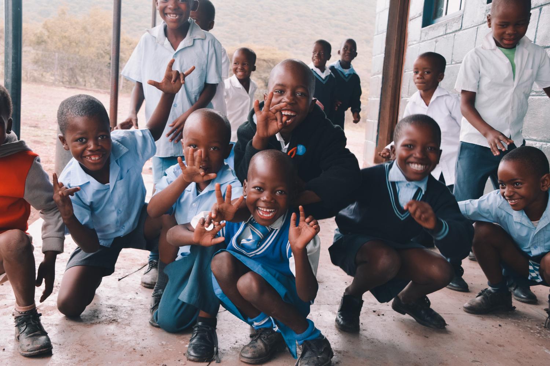 Kinderen op een school in Somkhanda, Zuid-Afrika.
