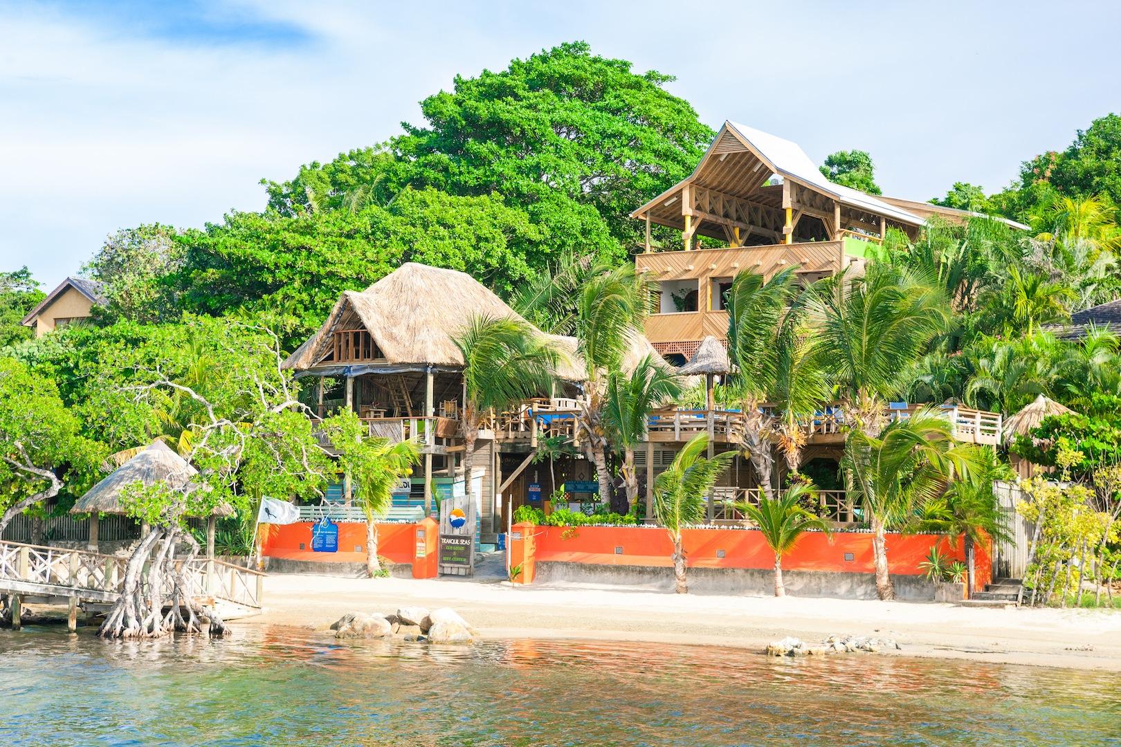 Tranquilseas Eco Lodge & Dive Center in Roatan: een eiland voor de kust van Honduras.